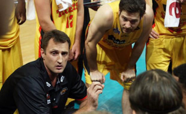 Chris Anstey - basketball coach