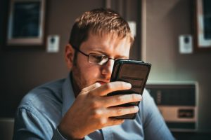 how to spend less time on your phone